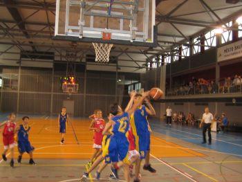 První zápas proti týmu SŠB Pardubice